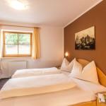 Schlafzimmer in der Ferienwohnung Panorama in Kastelruth